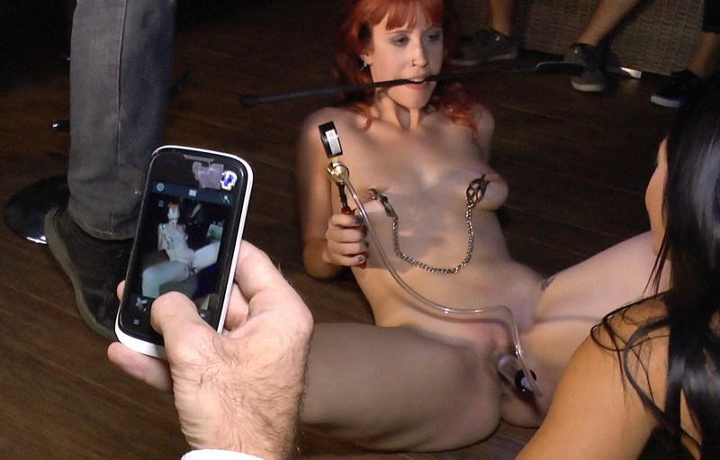 Lilyan Red, Sandra Romain, Steve Holmes - Redheaded slut beautifully disgraced on streets of Madrid (2014 | SD) (738 MB)