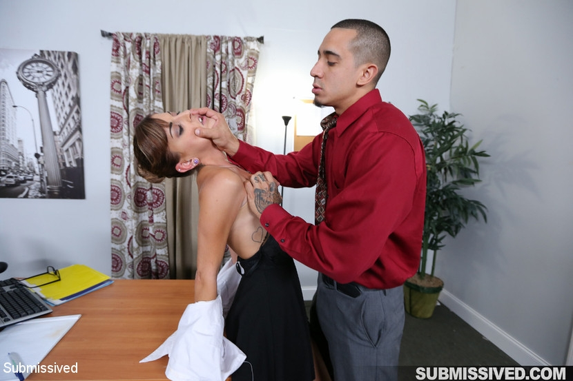 Dakota Vixin, Bruno Dickemz - Hard Fucked in the Pussy and Cum in the Mouth (2020 | HD) (1.11 GB)