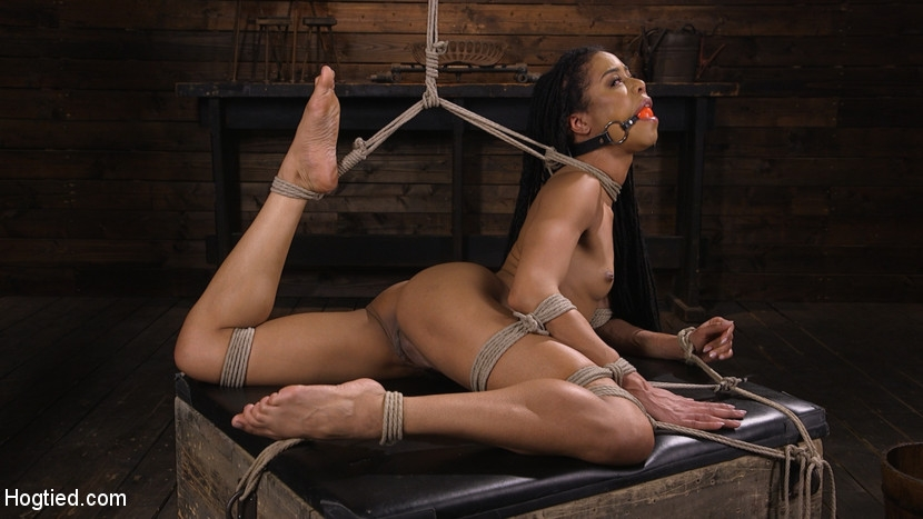 Kira Noir - Torture Domination and Incredible pain (2020 | HD) (1.56 GB)