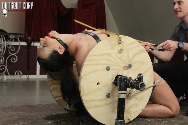 Wenona Slave - Cumming on the Spool (2020 | HD) (161 MB)