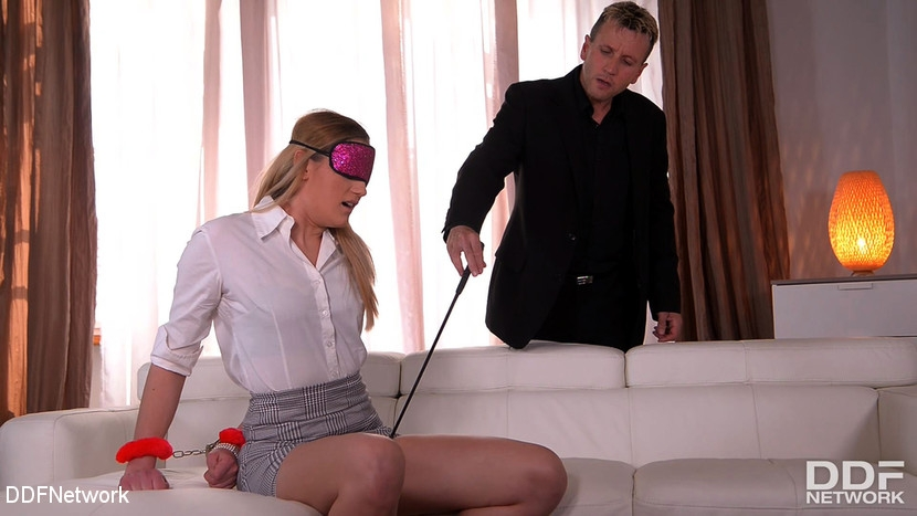 Linda Leclair, Choky Ice - BDSM (2020 | HD) (1.12 GB)