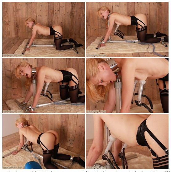 Ariel Anderssen on all fours (2020 | HD) (316 MB)